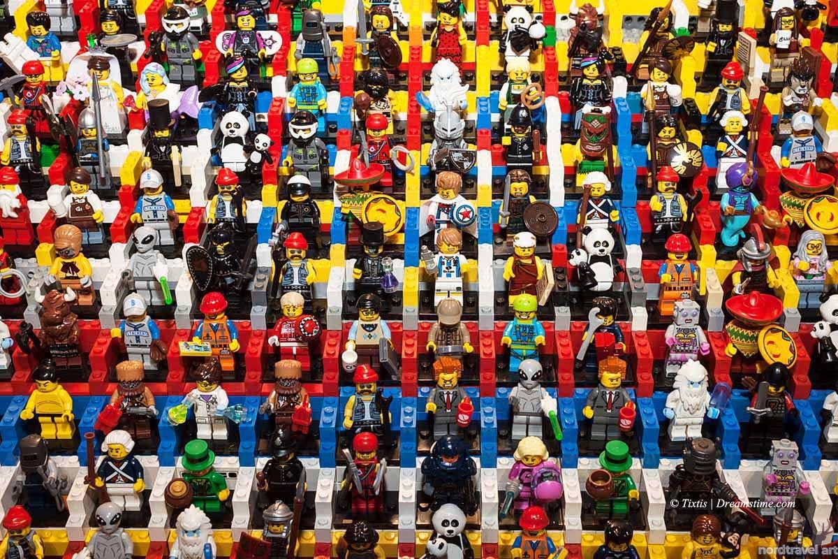 Конструктор Лего. Фигурки