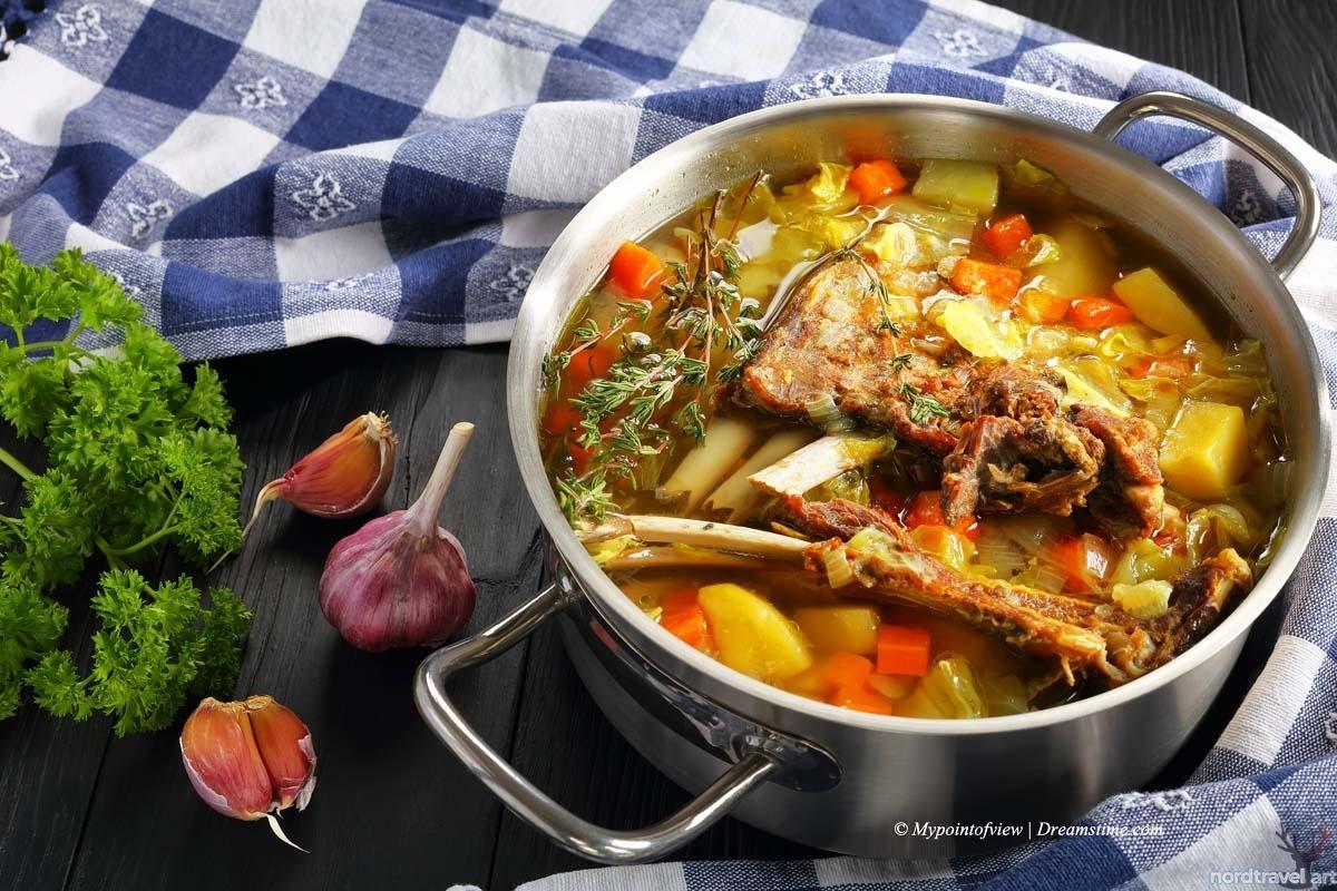 Kjötsupa - традиционный исландский суп из баранины