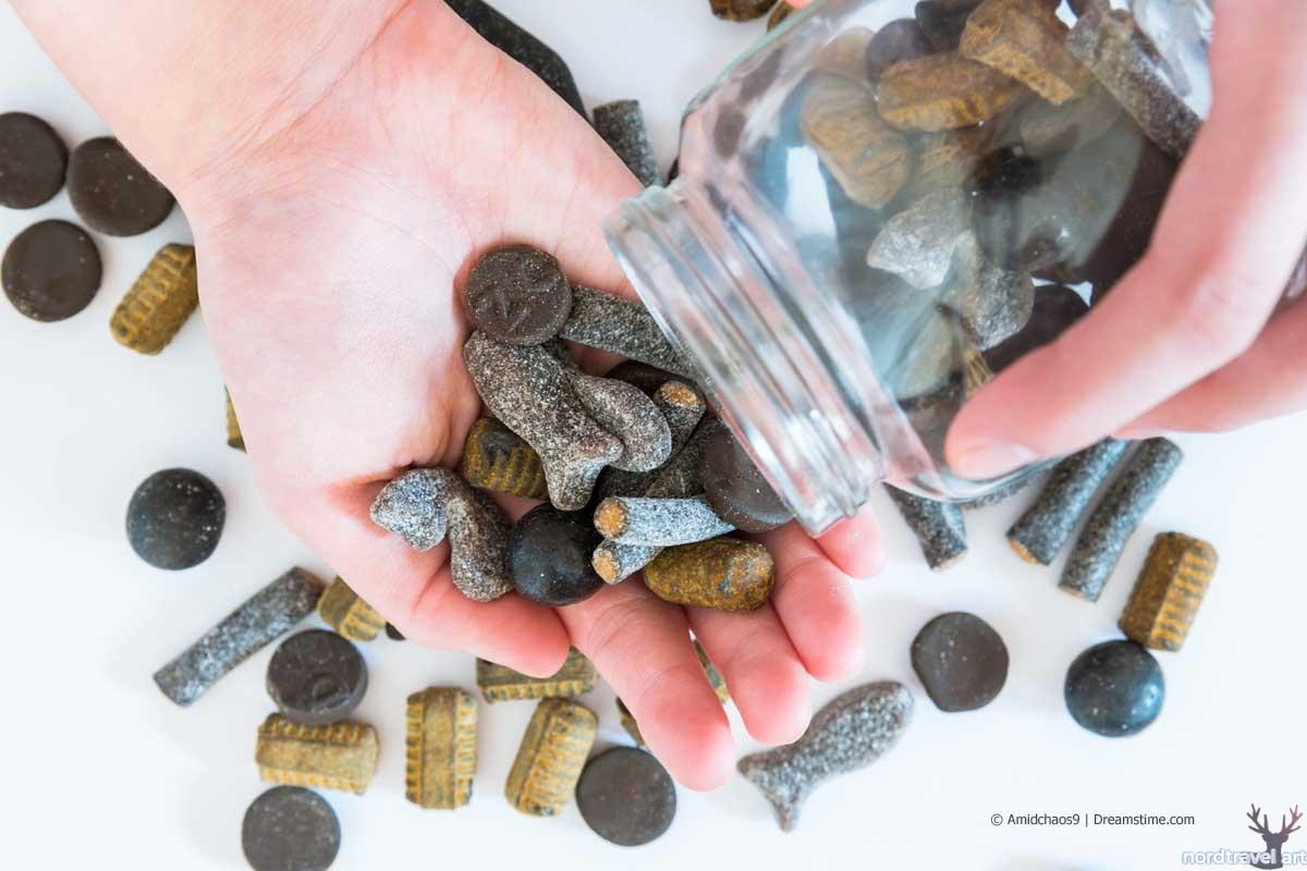 Финские конфеты Salmiakki. Солёная лакрица